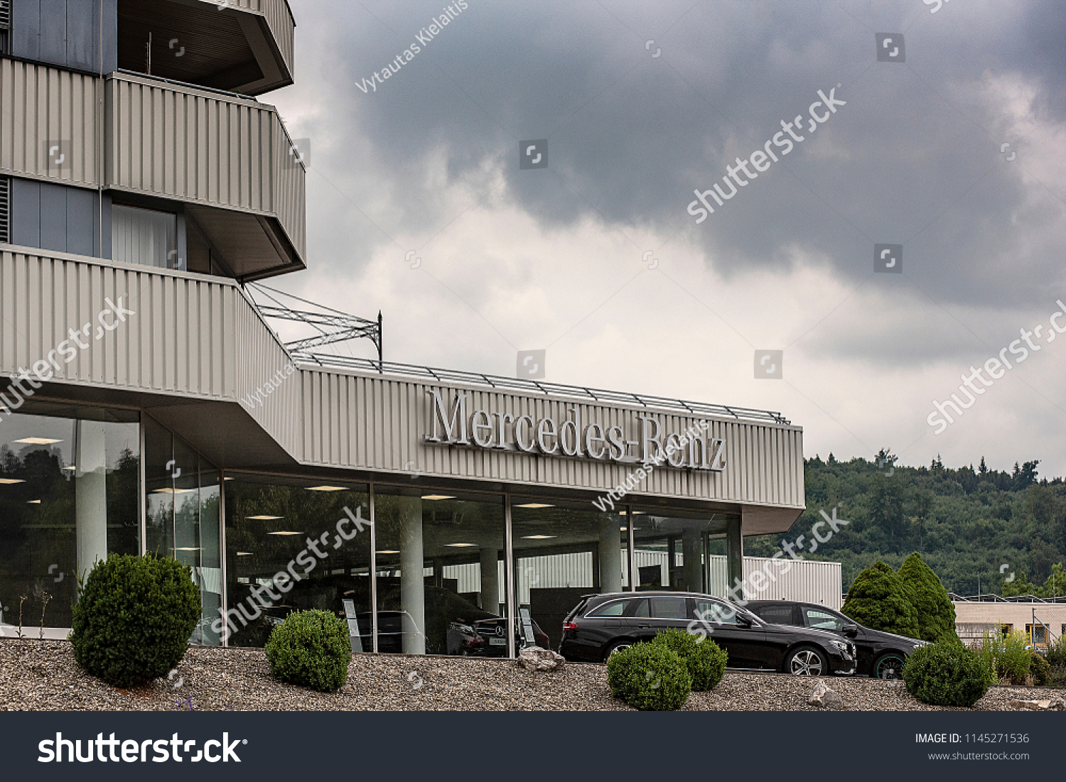 Salon Center Cormontreuil Heidenheimgermanyjuly 222018 Mercedes Benz Salon Stock Photo Edit