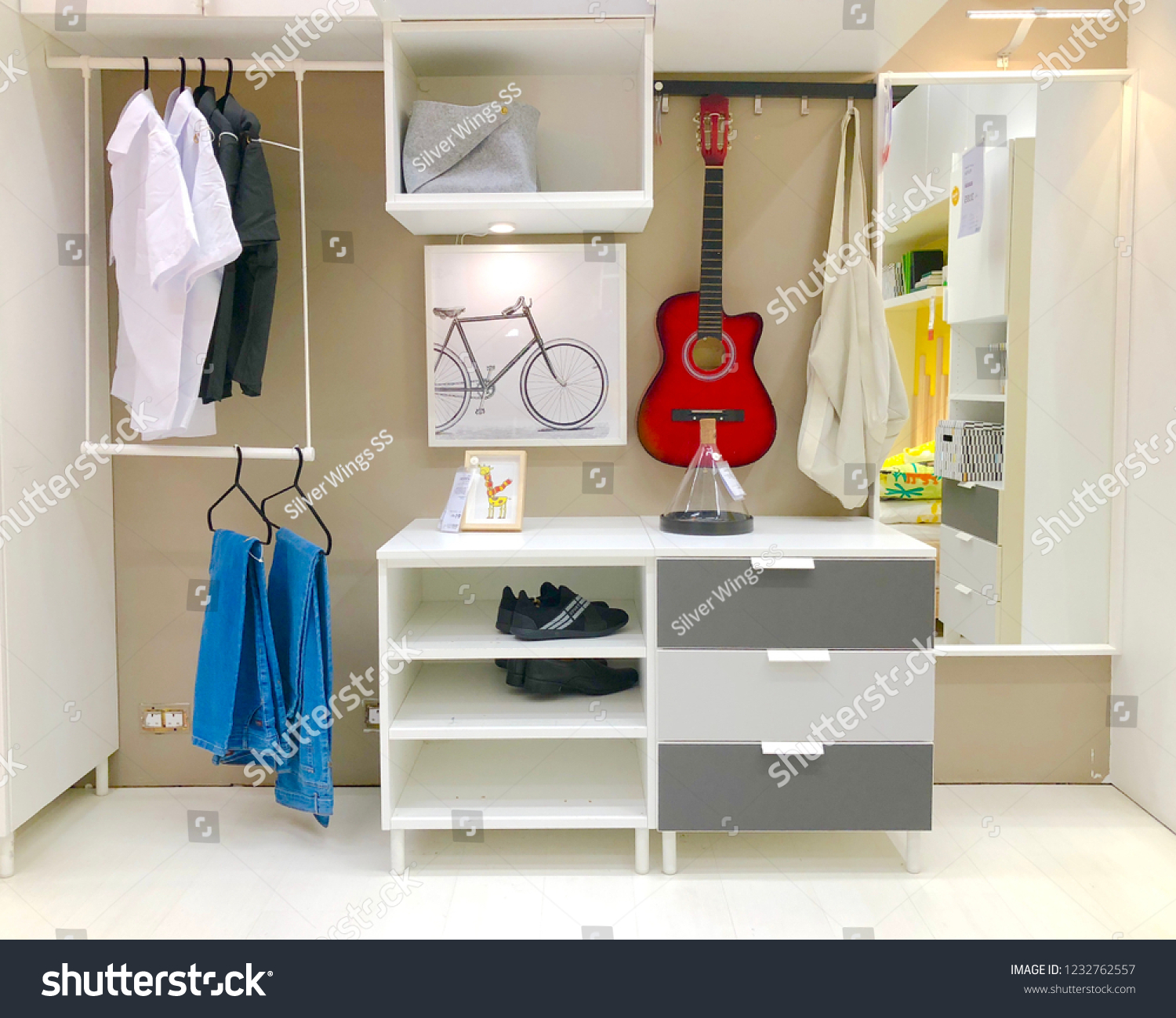 Jeddah Saudi Arabia November 16 2017 Stock Photo Edit Now 1232762557 - Ikea Wardrobe Ksa