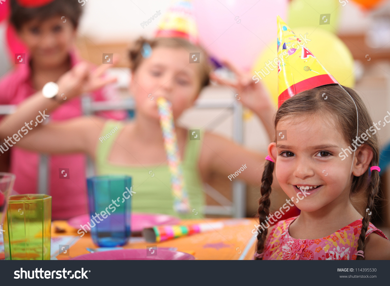 Little Kid Birthday Party Little Girl Birthday Party Stock Photo Edit Now 114395530