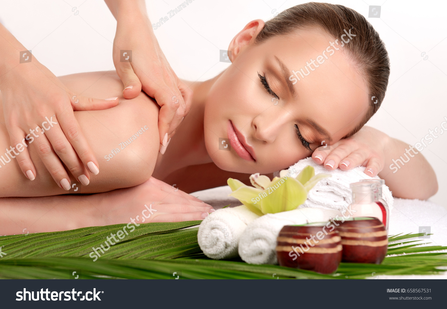 Salon Massage Body Body Massage Body Care Spa Body Massage Stock Photo Edit Now