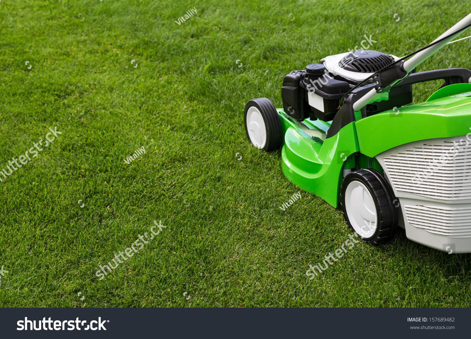 Lawn Mower London Ontario Outdoor Shot Green Lawnmower Stock Photo Edit Now 157689482