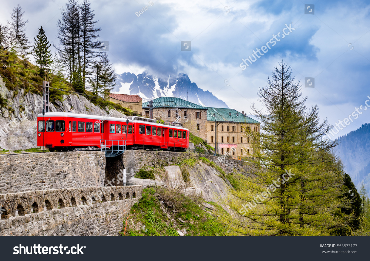 Hotel Montenvers Red Train Going Montenvers Mer De Stock Photo Edit Now 553873177