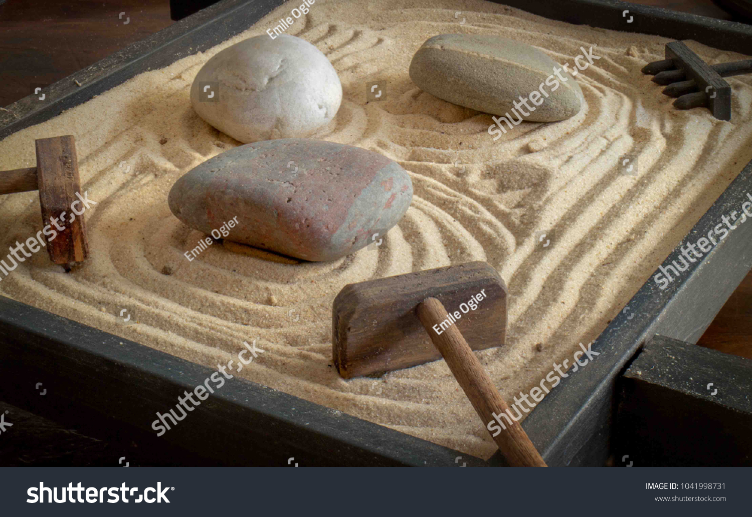 Table Top Zen Garden Tabletop Zen Garden Stock Photo Edit Now 1041998731 Shutterstock