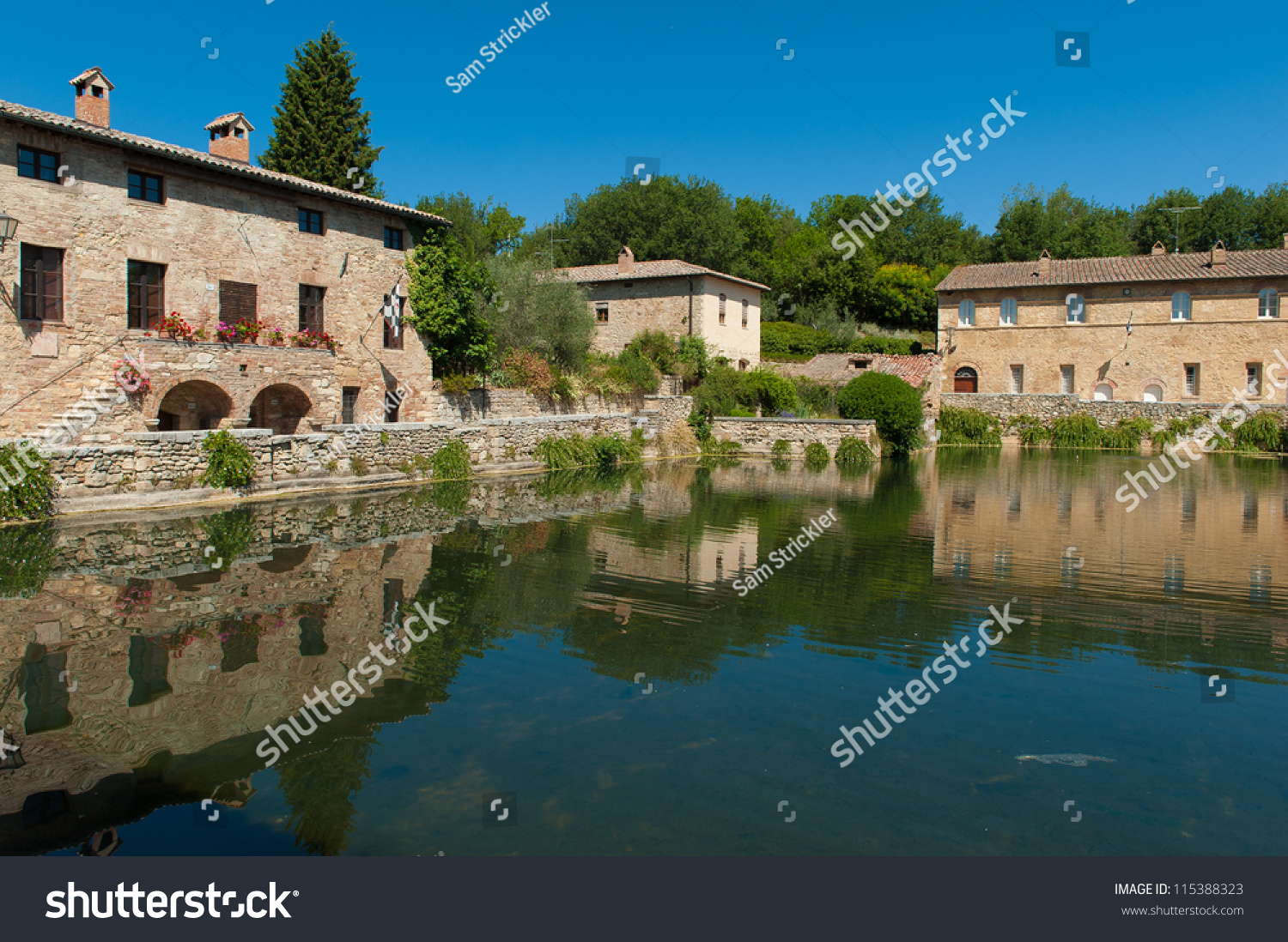 Bagno Vignoni Free Thermal Baths Ancient Thermal Baths Bagno Vignoni Italy Stock Photo Edit Now