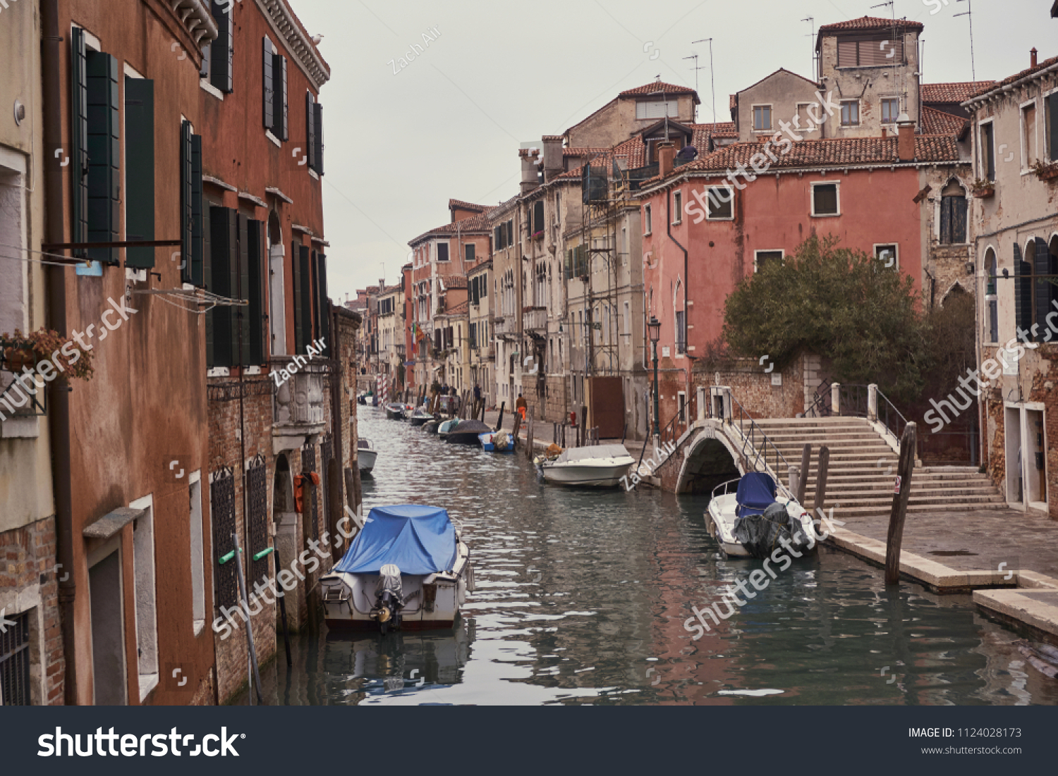 Venice Venedig Venice Venedig Boat Canal City Stock Photo Edit Now 1124028173