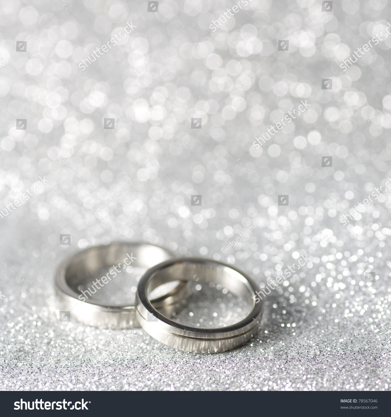 Ring Ceremony Hd Wallpaper Wedding Rings On Silver Background Lagerfoto 78567046