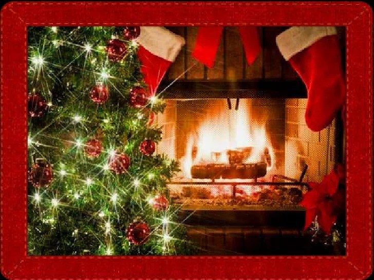 Beautiful Christmas Fireplaces