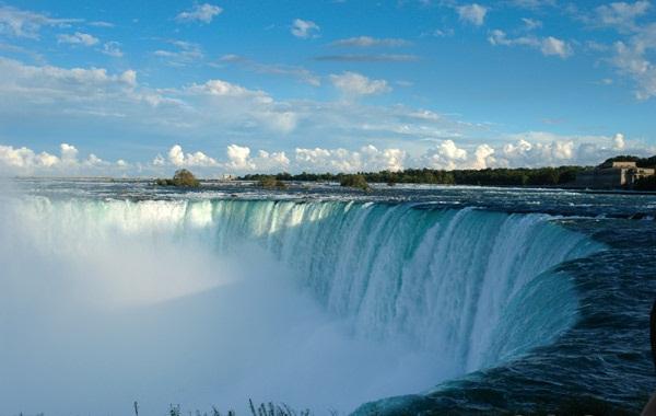 Niagara Falls Moving Wallpaper カジノバスでナイアガラの滝へ カナダ、トロントから気ままブログ 楽天ブログ