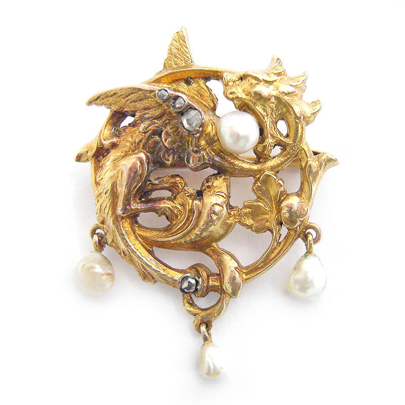 Relax Regensburg Gorgeous Brooch Pendant Cast Chased Gold 14 Ct 585 Winged