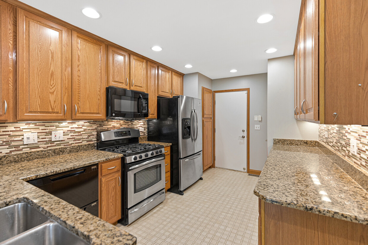 1429 Wyndham Cove Ln Schaumburg Il Apartment Finder
