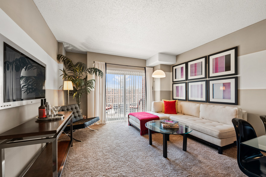 The Centerpoint Apartments - Baltimore, MD Apartment Finder
