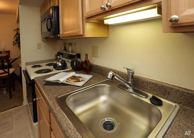 Emmaus 30 X 18 Kitchen Sink Kraus Undermount Sink 32