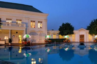 DLF CITY CLUB - SECTOR 24 - GURGAON Photos, Images and Wallpapers, HD Images, Near by Images ...