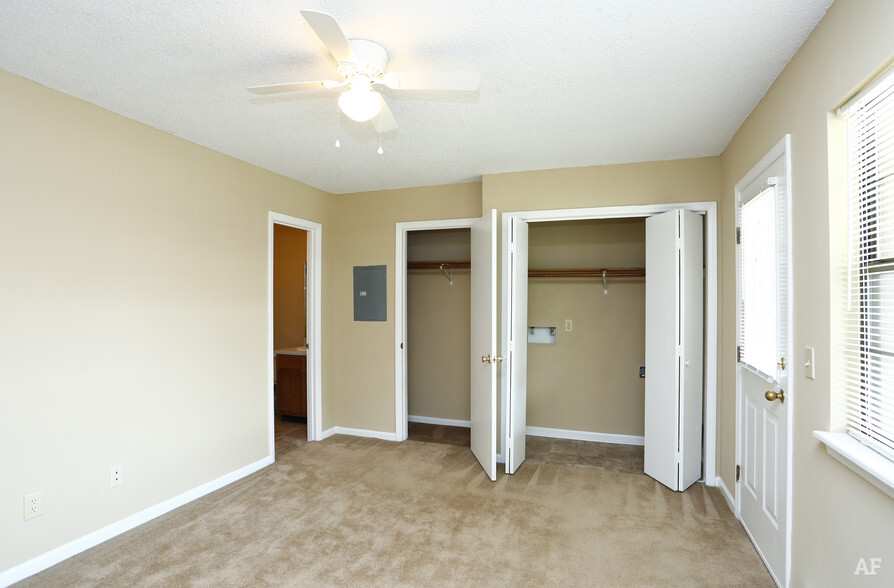 Summer Green Apartments   Greenville, NC Apartment Finder