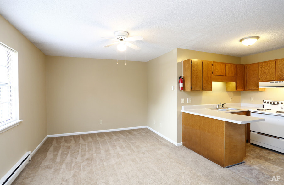 Beautiful 1 Bedroom Apartments In Greenville Nc Russell Property Management   One  Bedroom Apartments Greenville Nc