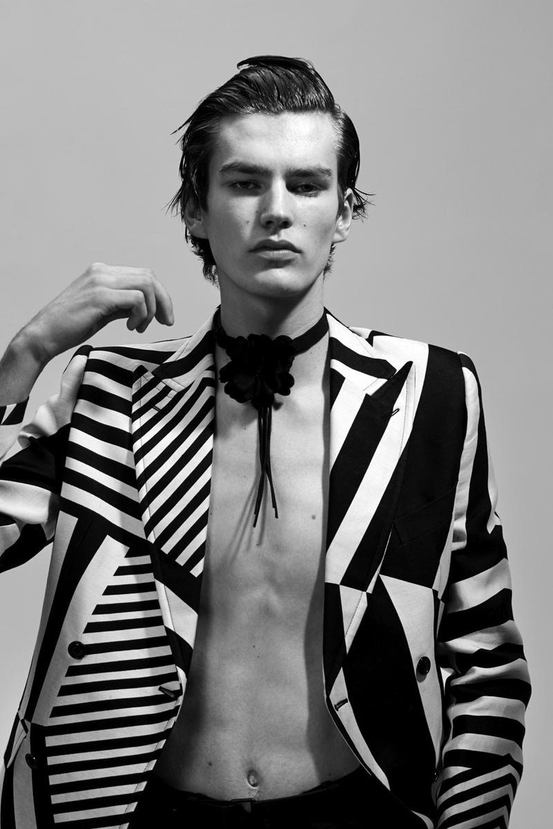 VOGUE HOMMES PARIS Elias de Poot & Presley Gerber by Collier Schorr. Beat Bolliger, Spring 2016, www.imageamplified.com, Image amplified (11)