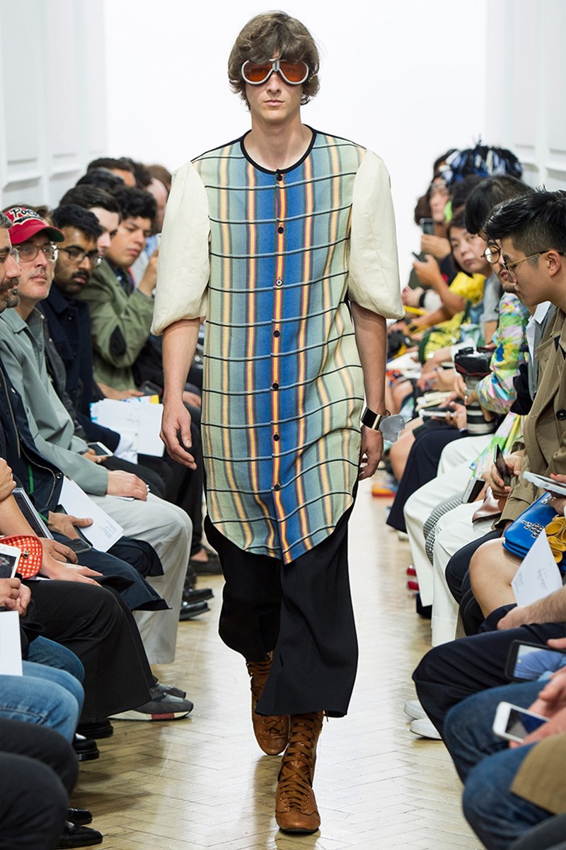 LONDON COLLECTIONS MEN J.W. Anderson Spring 2017. www.imageamplified.com, Image Amplified (11)