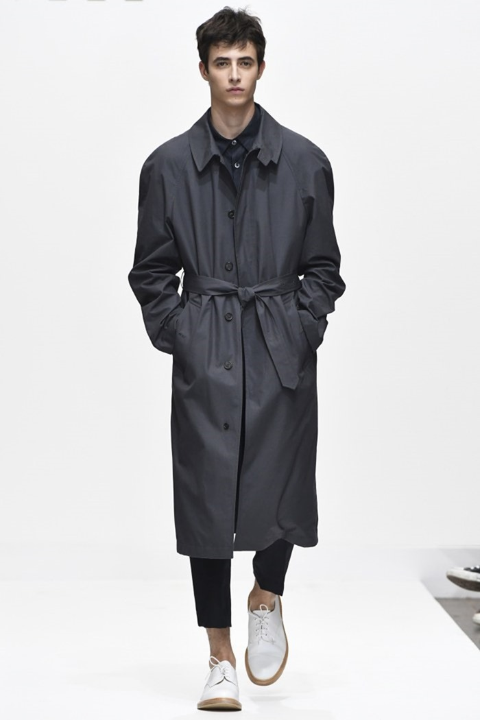 LONDON COLLECTIONS MEN Margaret Howell Spring 2017. www.imageamplified.com, Image Amplified (1)