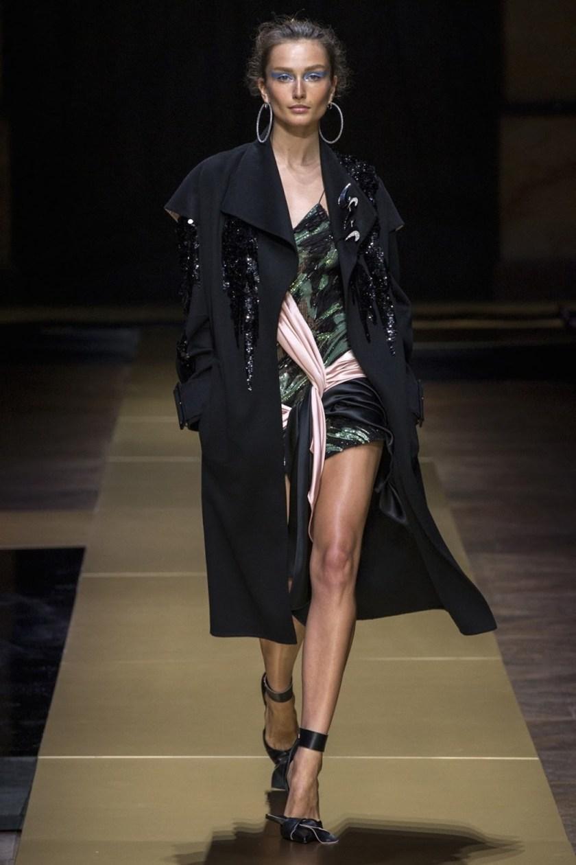 PARIS HAUTE COUTURE Atelier Versace Fall 2016. www.imageamplified.com, Image Amplified (12)