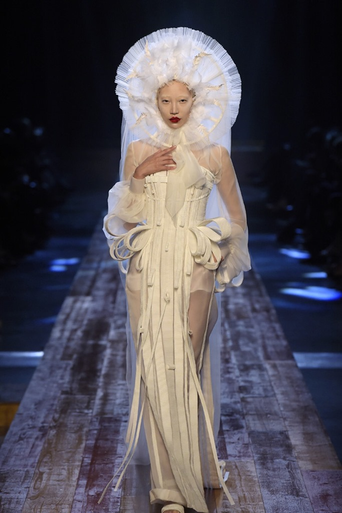 PARIS HAUTE COUTURE Jean Paul-Gaultier Couture Fall 2016. www.imageamplified.com, Image Amplified (49)