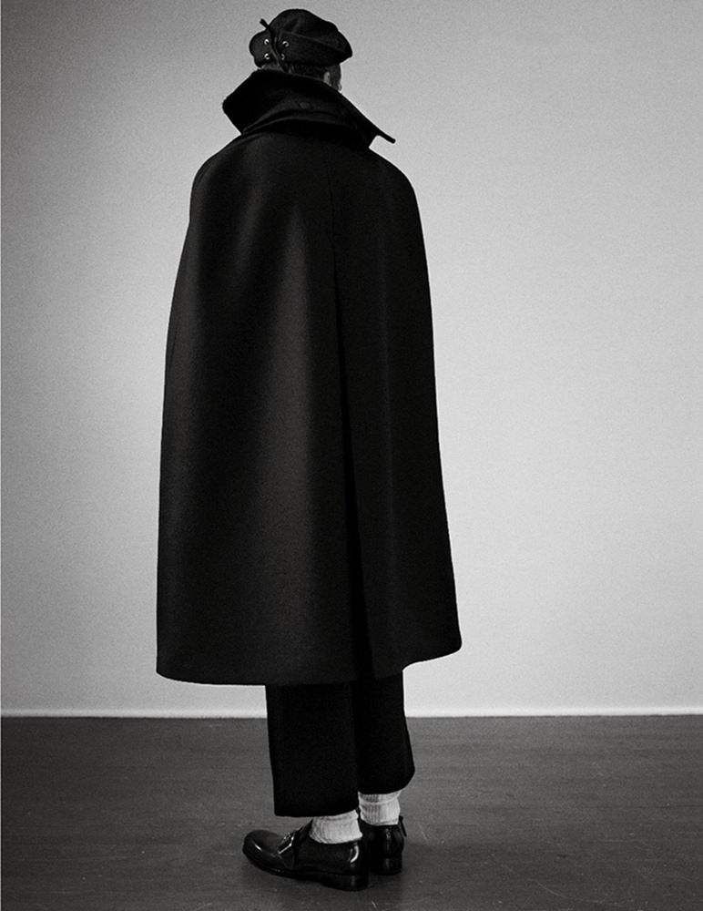 MAN ABOUT TOWN Cargo de nuit by Willy Vanderperre. Olivier Rizzo, Fall 2016, www.imageamplified.com, Image Amplified (15)