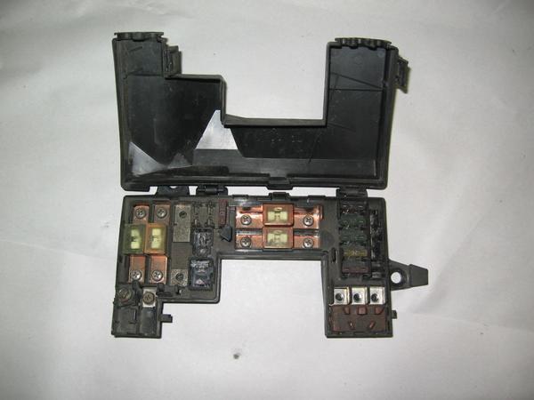 hood fuse box ford taurus fuse box location under hood acura integra