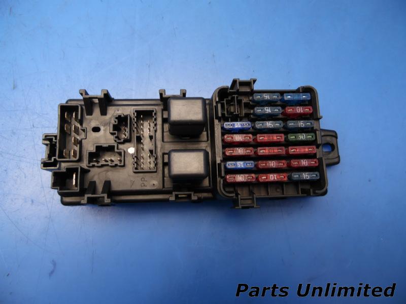 94-97 Mitsubishi 3000GT OEM In-dash fuse box w/ fuses  relays *VR4
