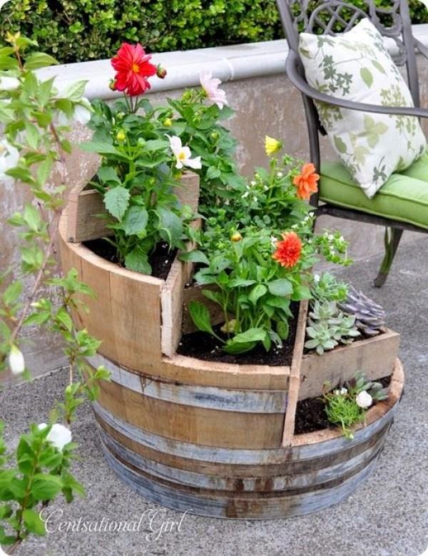 Imagenes con ideas para decorar con barricas de vino en tu for Ideas para tu jardin