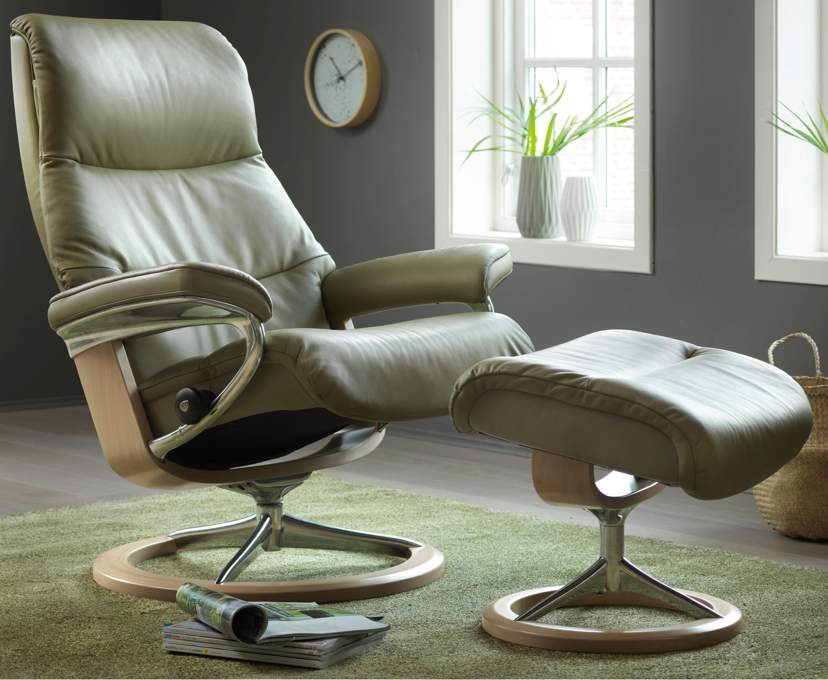 Stresless Stressless View Medium Reclining Chair Ottoman With Signature