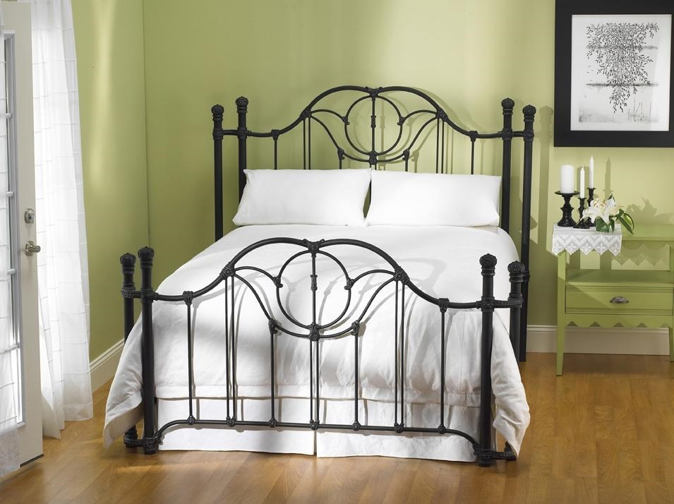 King Bed With Posts Wesley Allen Iron Beds King Kenwick Headboard And Open Footboard