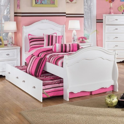 Medium Of Bed With Trundle