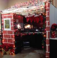 Snap Pictures Of Christmas Decorated Cubicles Joy Studio ...