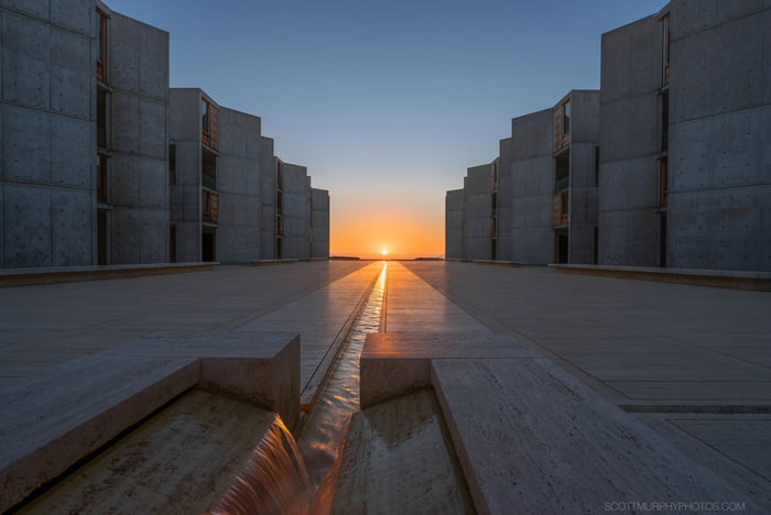 Modern Girl Wallpaper Download Fall Equinox Sunset Aligning At The Salk Institute 9gag