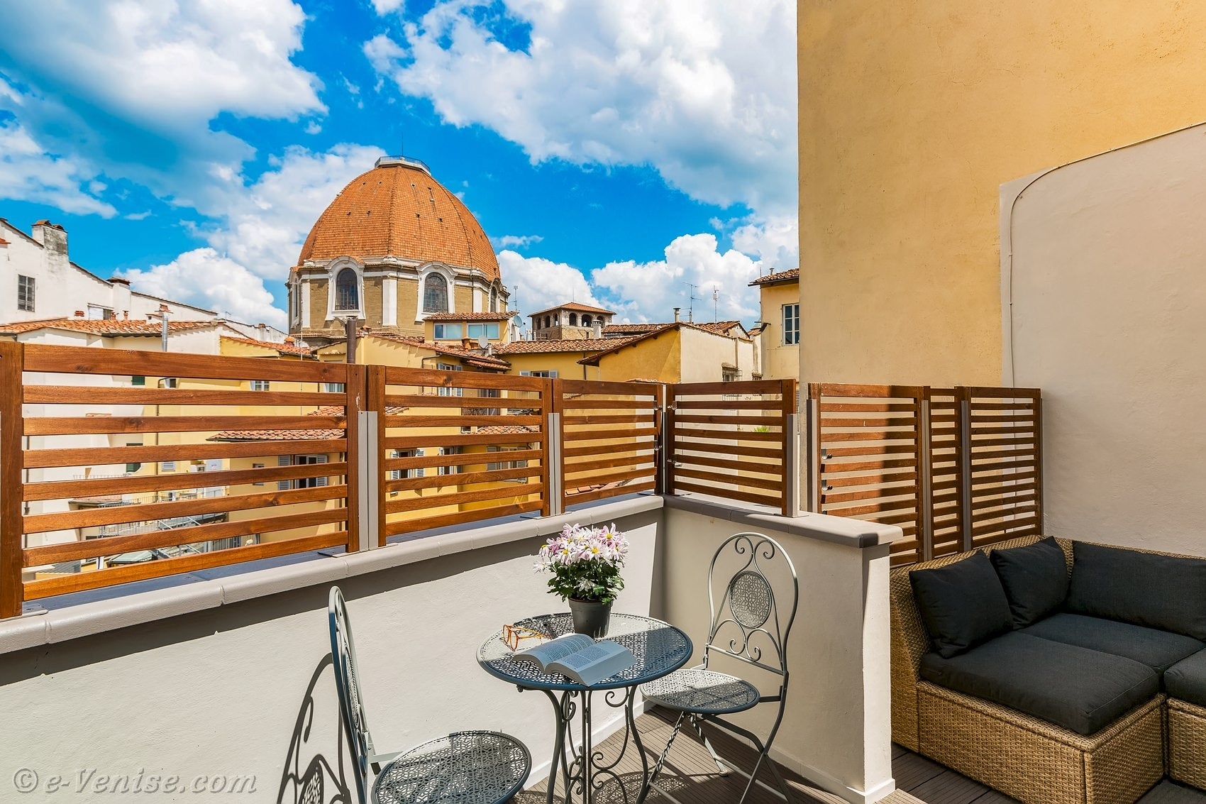 Toit Terrasse Florence Location Appartement Florence 2 Personnes Lorenzo Novella Terrasse