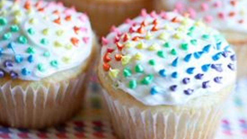 Polka Dot Rainbow Cupcakes Recipe - Tablespoon