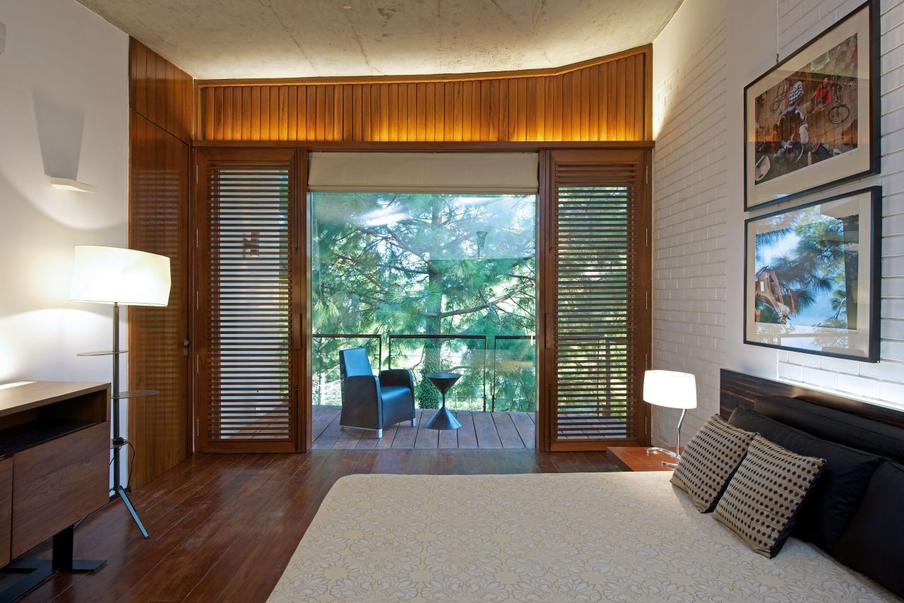 Bedroom Window Design Gallery Of House In The Himalayas Rajiv Saini 16