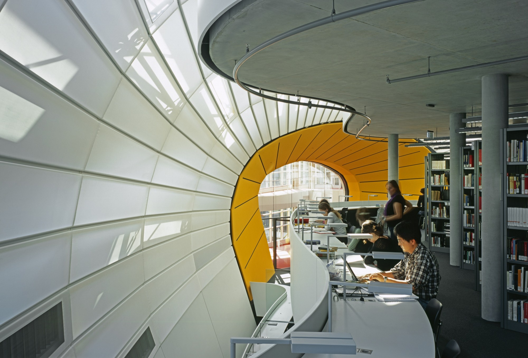 Cm Fu Berlin Free University S Philology Library Foster Partners Archdaily