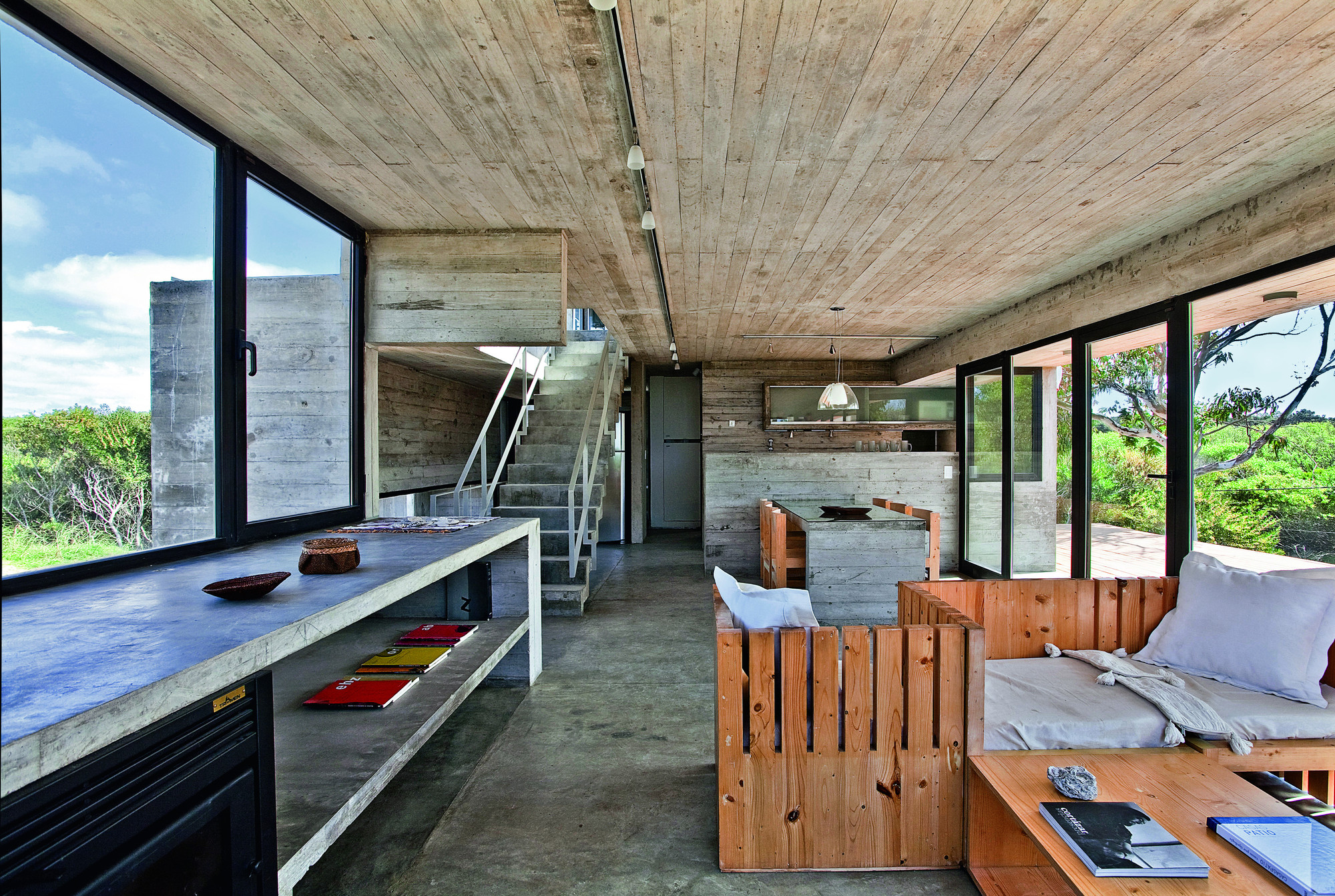Holzvertäfelung Shabby Gallery Of House On The Beach Bak Architects 19