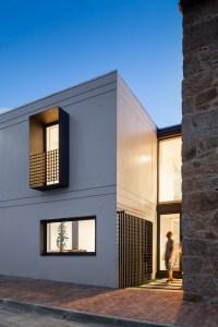 Galera de Casa JA / Filipe Pina + Maria Ines Costa - 9