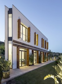A House / 08023 Architecture + Design + Ideas | ArchDaily