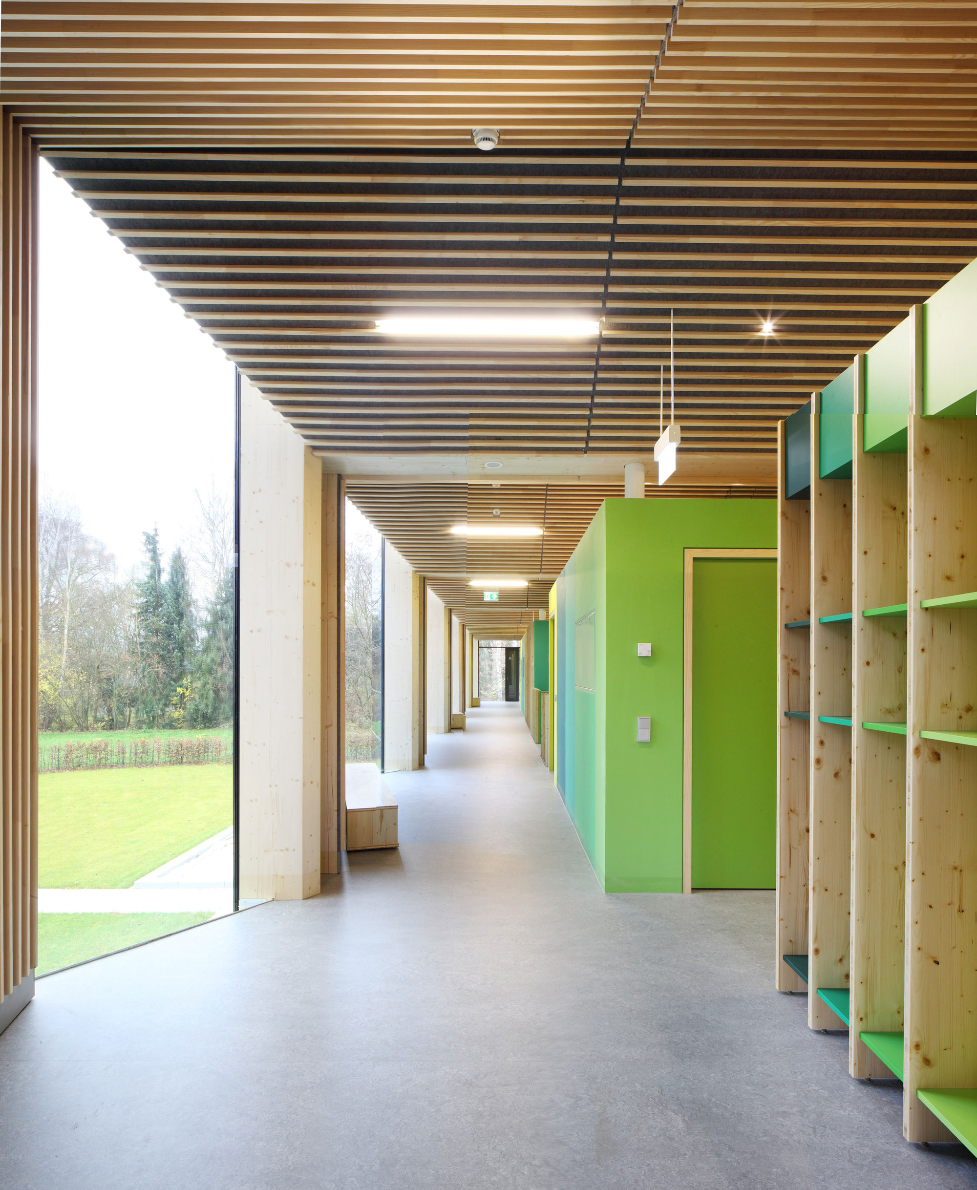 Farbkonzept Flur Gallery Of Nursery 43e In Marburg Opus Architekten 23