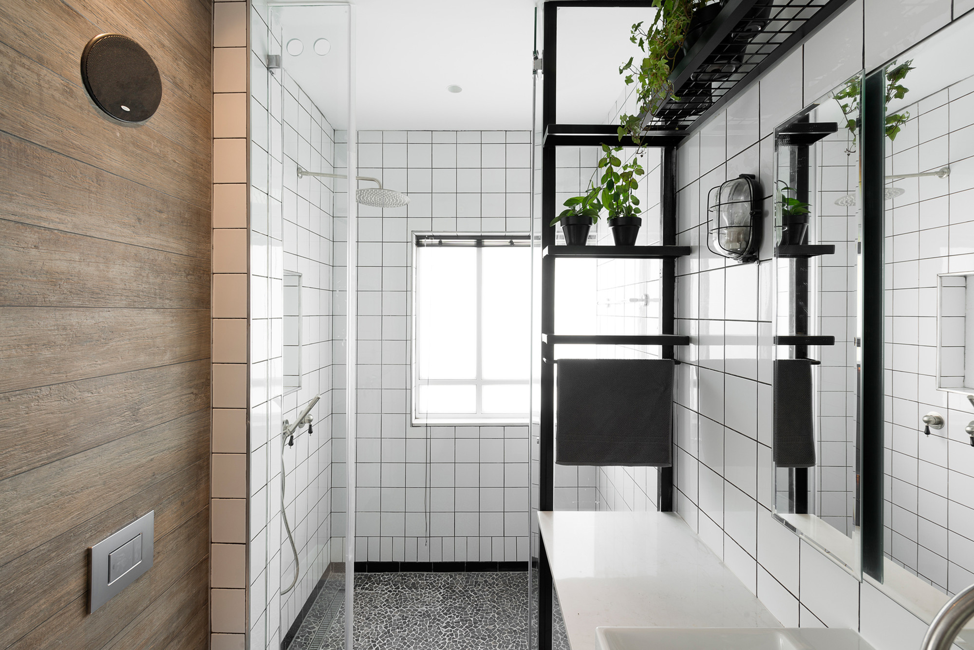 Tod Im Badezimmer Gallery Of Bauhaus Apartment Redesign Rust Architects 4