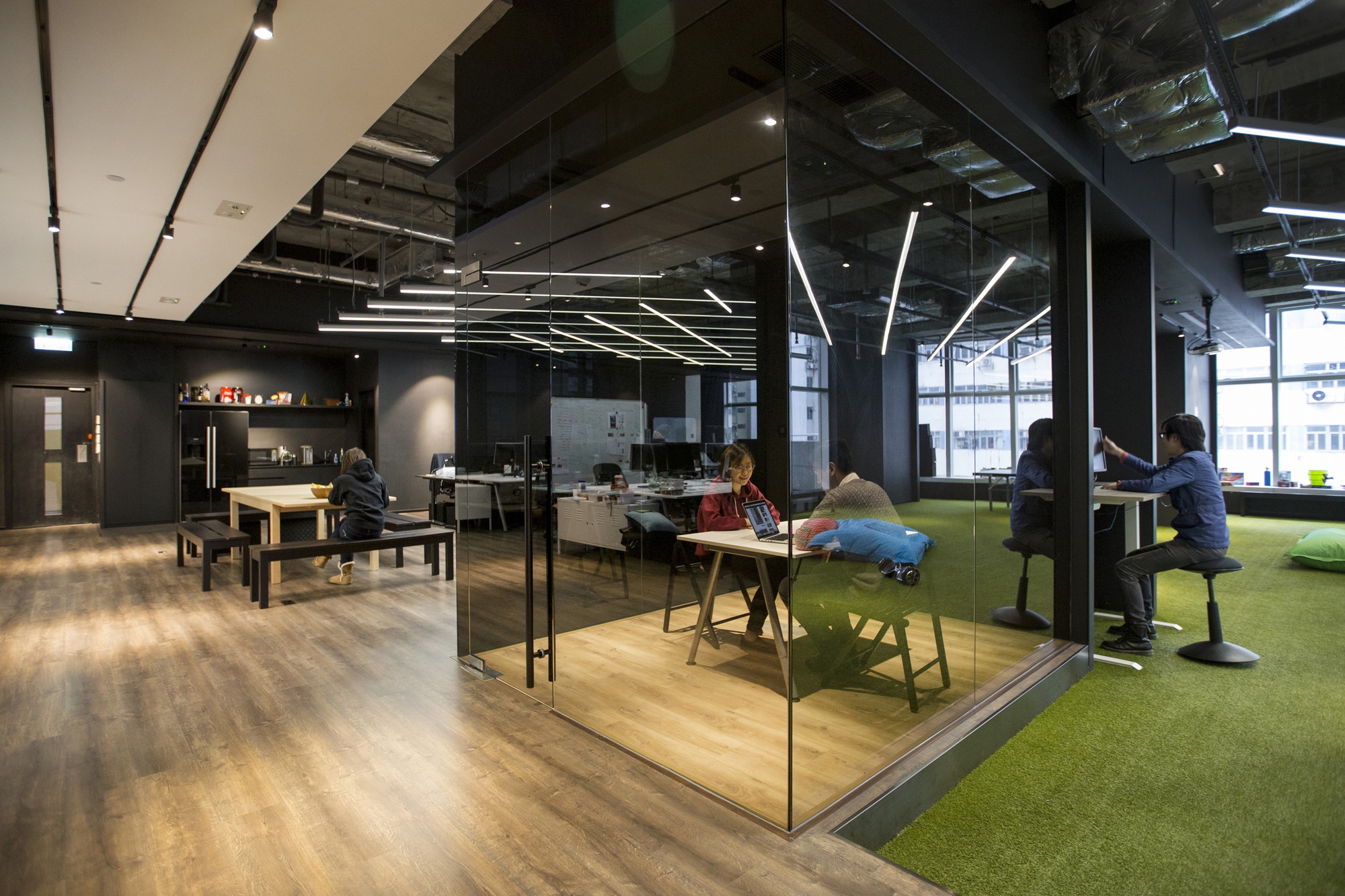 Warehouse Designer 9gag Office Laab Architects Archdaily