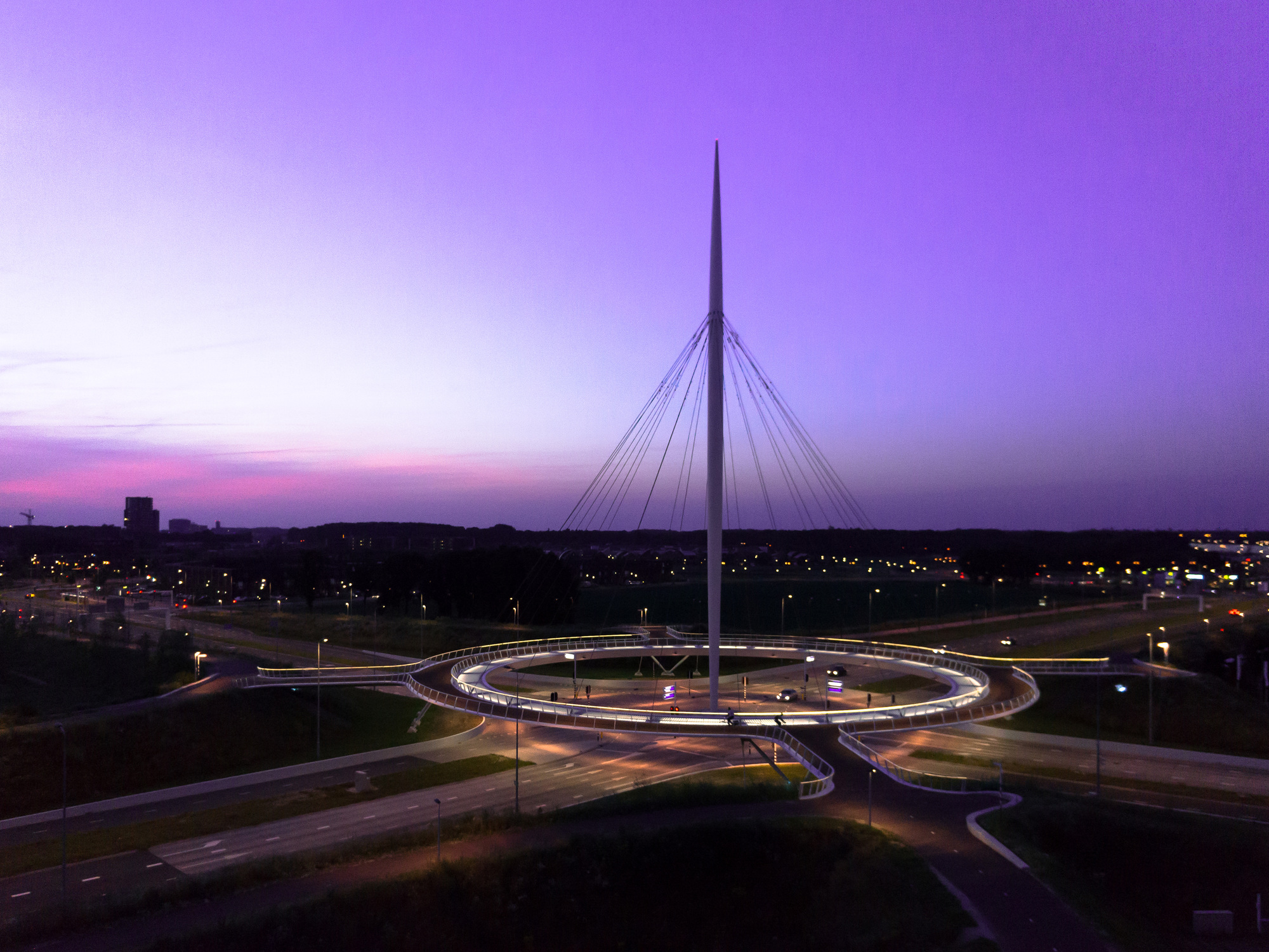 Used Products Delft Hovenring, Circular Cycle Bridge / Ipv Delft | Archdaily