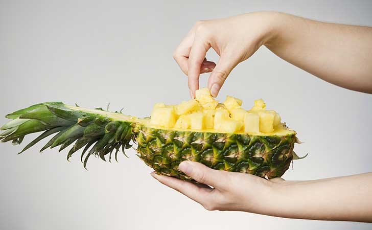 8 Reasons To Eat Pineapple