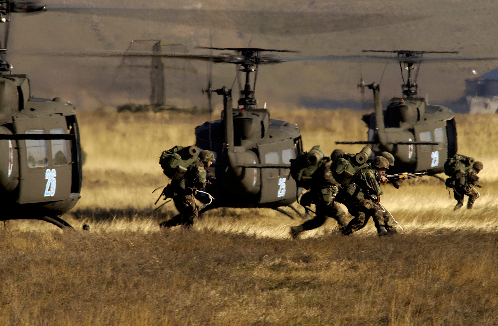 Special Forces Iphone Wallpaper Bell Uh 1 Iroquois Full Hd Wallpaper And Background Image