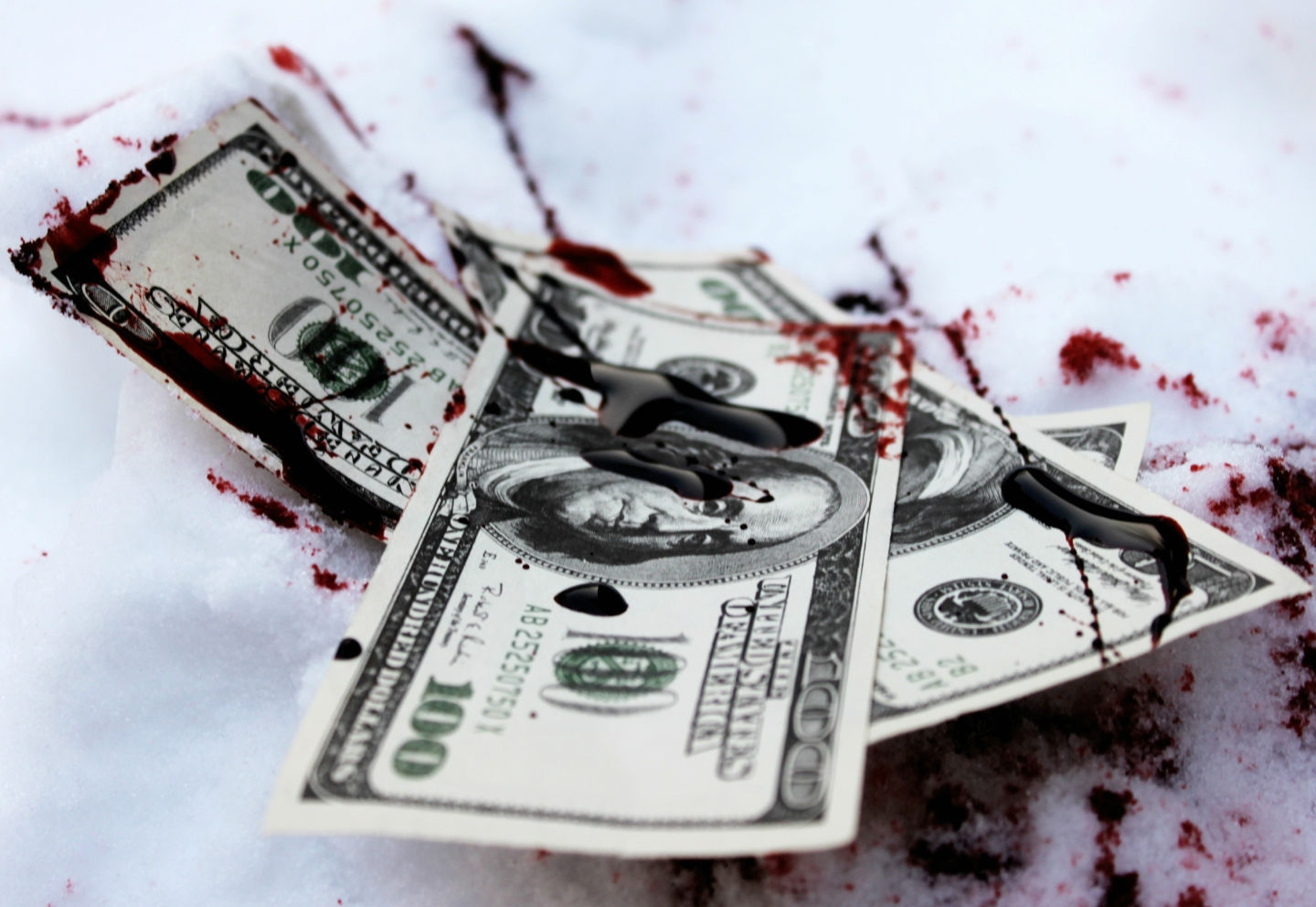 Hd Knife Wallpaper Blood Wallpaper And Background Image 1440x992 Id 239711