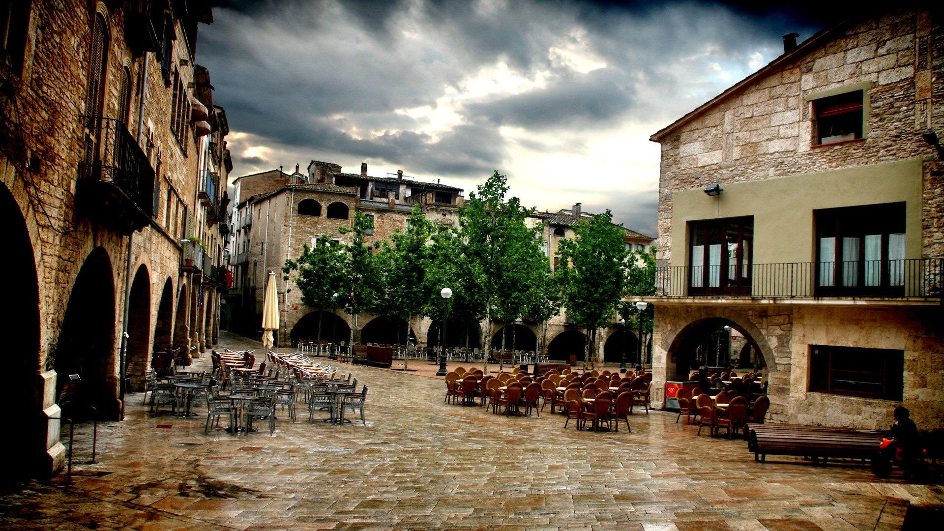 Spain Wallpaper Iphone Girona Is A City In The Northeast Of Catalonia Spain Full