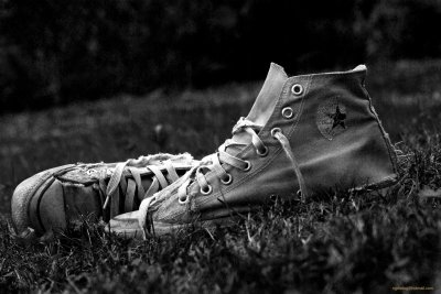 Converse HD Wallpaper | Background Image | 2000x1339 | ID:502271 - Wallpaper Abyss