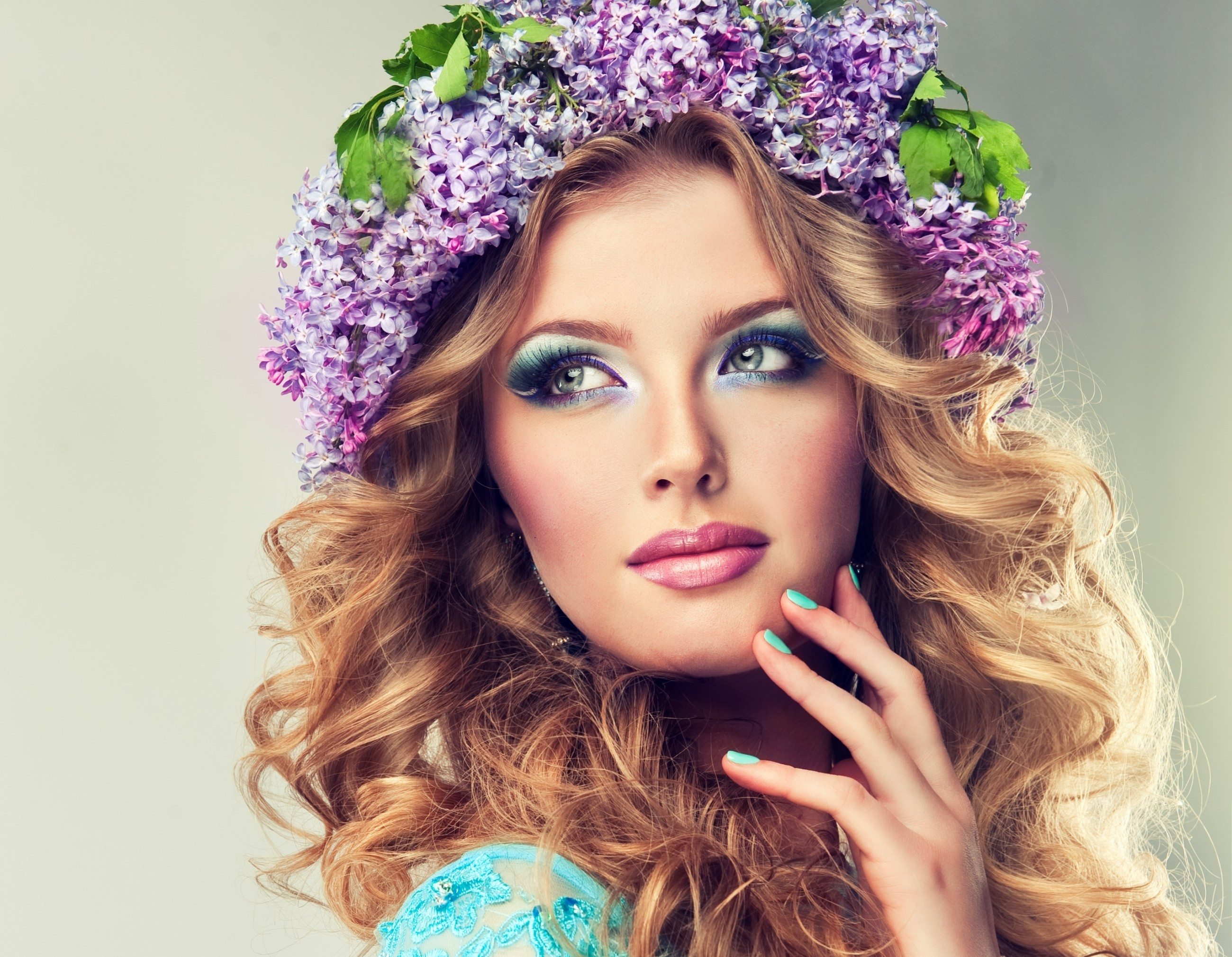 Beautiful Girl Face Hd Wallpaper Beautiful Model Of Flowers Lilac With Curly Long Hair Hd